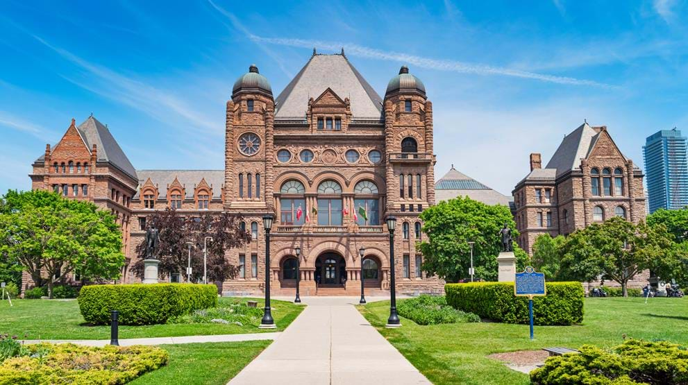 Ontario Legislative Building i Queens Park - Reiser til Toronto